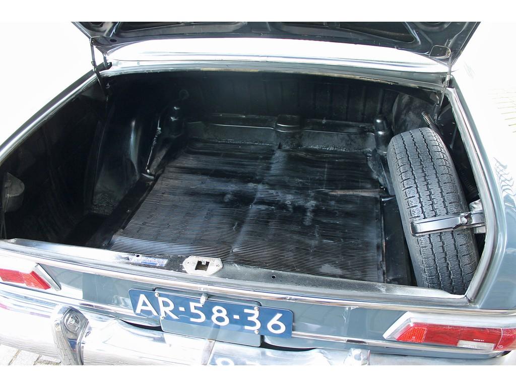 Mercedes-Benz - 190 - D Auto verkeert in goede staat !!