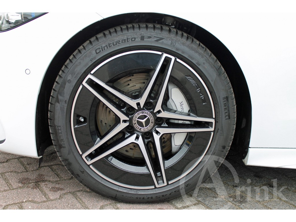 Mercedes-Benz - C-Klasse - 300 AMG Line