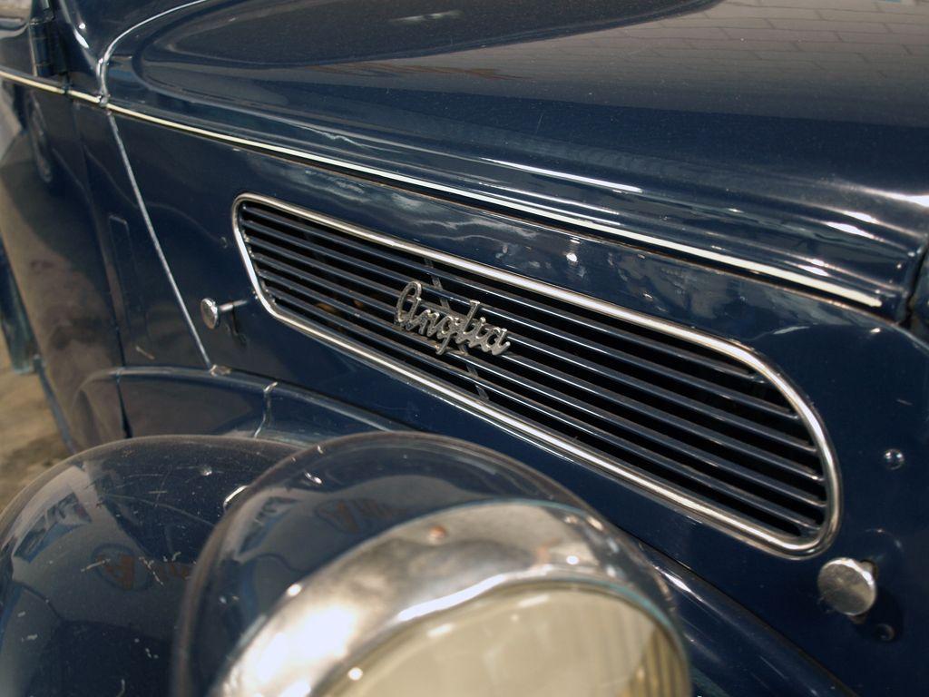 Ford - Anglia -